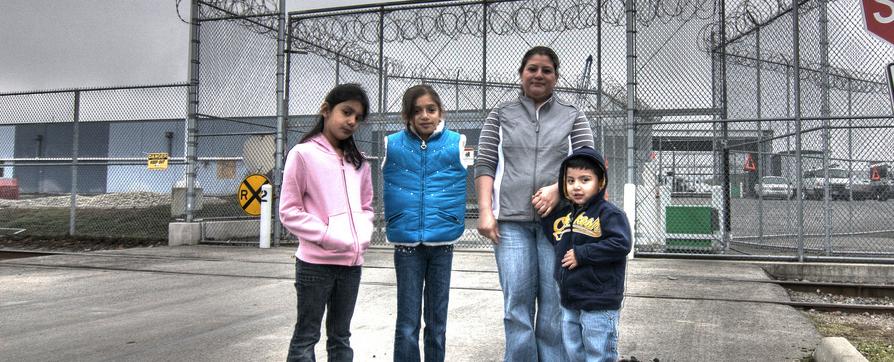 Keep Asylum-seeking families together!
