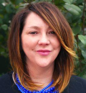 Jolynne Headshot