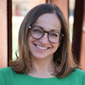 Stephanie Holmes, Lmsw, Program Specialist